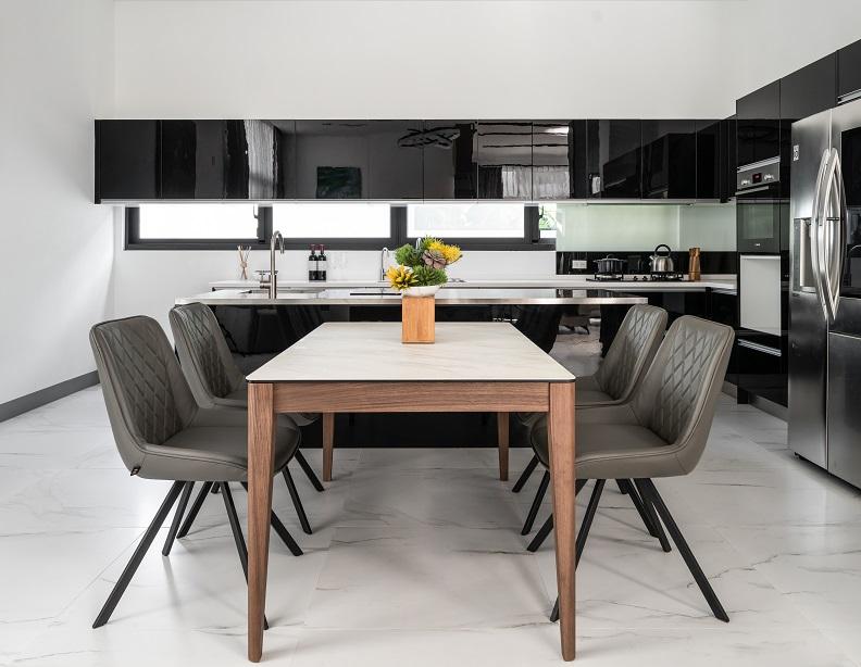 315T4陶板餐桌 狂賣沃荷家具